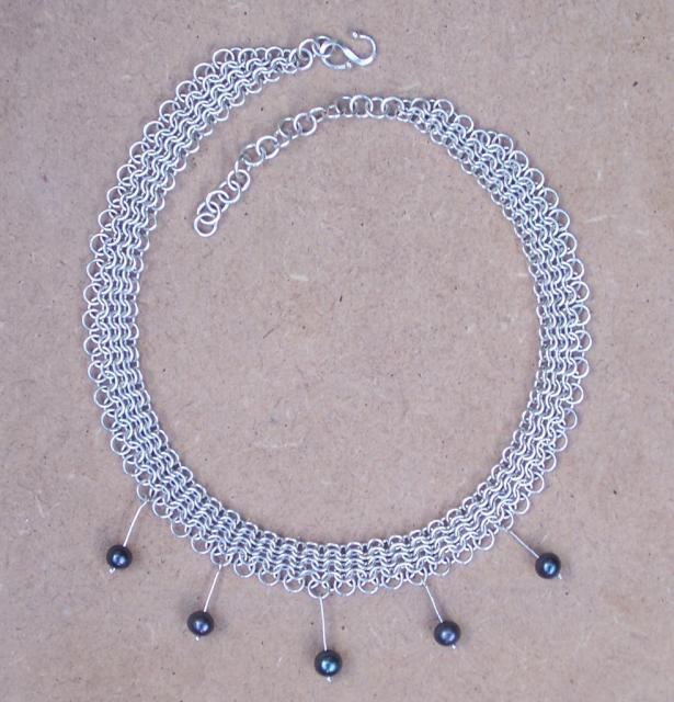 Silver Necklace with black pearls ANT5/P